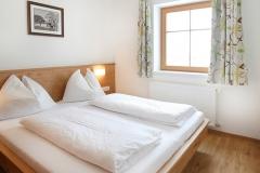 Tarlack_Appartments_Leogang_Dreizint_Appartement3-Schlafzimmer-1