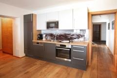 Tarlack_Appartments_Leogang_Dreizint_Appartement3-Kueche-2
