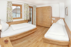 Tarlack_Appartments_Leogang_Fahnenkoepfl_Appartement1-Schlafzimmer-2